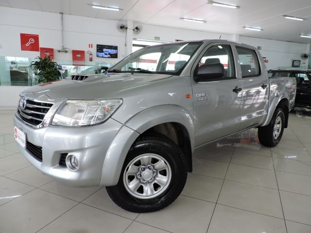 hilux std 4x4 cabine dupla 3.0 turbo intercooler 16v 2015 caxias do sul