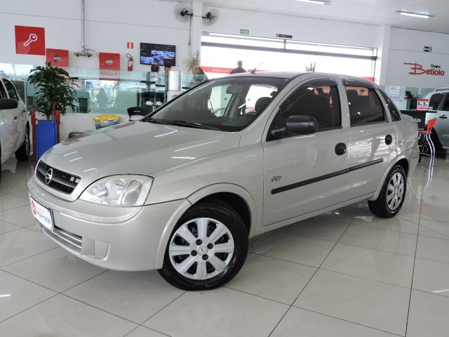 corsa sedan joy 1.0 mpfi 8v 2005 caxias do sul