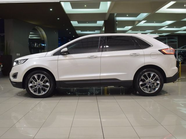 edge titanium awd 3.5 v6 2016 caxias do sul