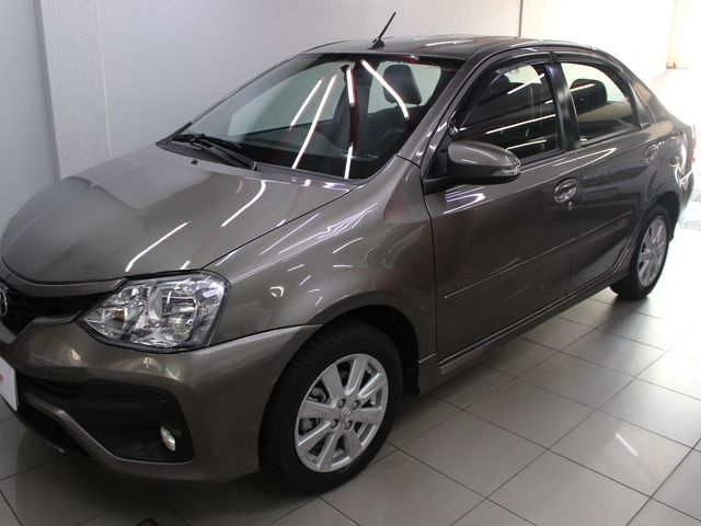 etios sedan xls at 1.5 16v flex 2018 santa maria